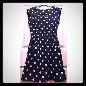 👛 GAP Polka Dot Shift Dress w/Elastic Waist